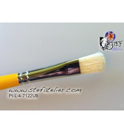 Brosse 7122 N°4 en soies longueur des poils  12mm sur largeur sortie 6mm environ