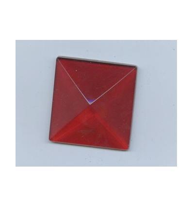 cabochon Pyramide de 30x30mm Rouge