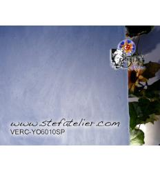 "Verre ""YO"" Bleu clair cire  30x30cm"