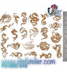 Décalcomanie, 21 petits dragons argentés format 13.3 X 10cm à cuire en fusing