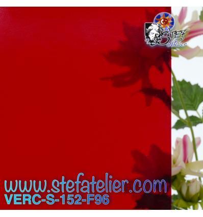 """verre """"S"""" rouge transparent compatible fusing 30x30cm"""