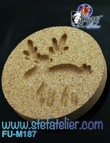 Reindeer vermiculite fusing mold...